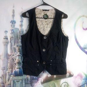 Black Cecil vest